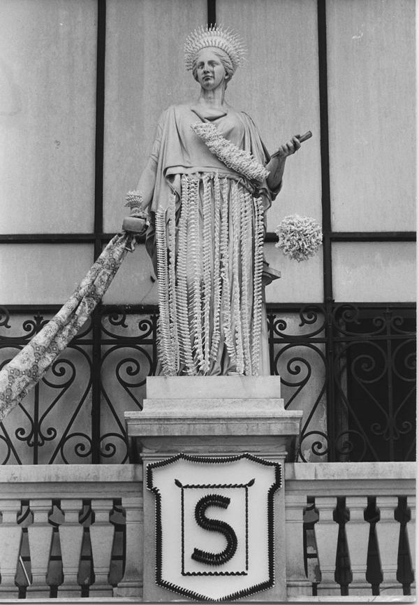 SOLDATS SOLDES -  Musas del Palais Galliera: la Escultura